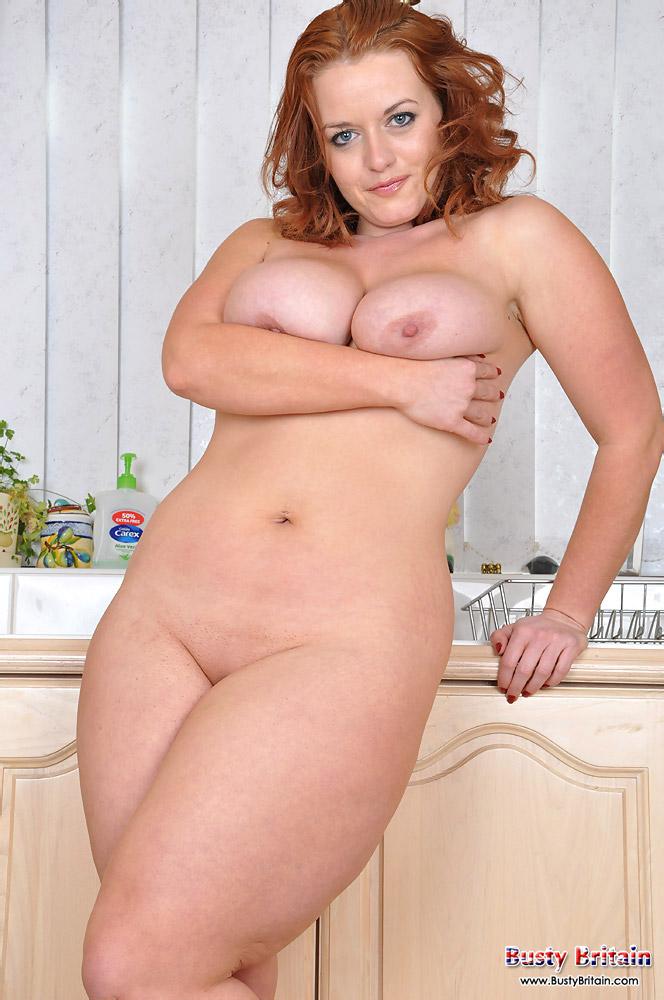 lindsey-ward-big-tits