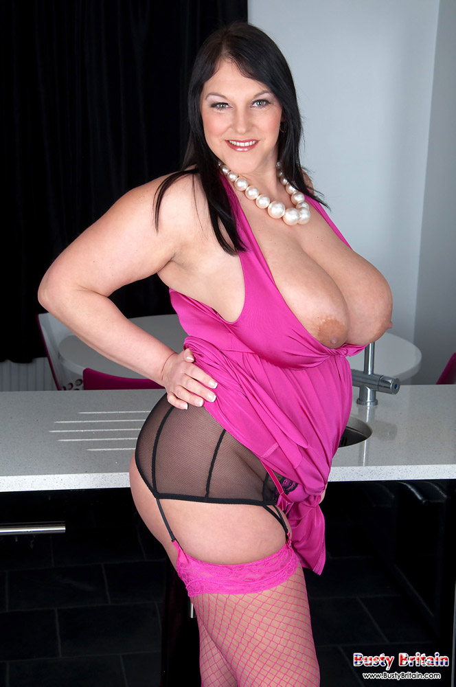 Beautiful big tits bbw imagines you fucking her juicy pussy 2